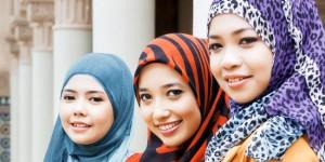 Tips Cara Memakai Jilbab Sesuai Bentuk Wajah