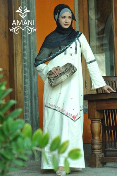 Baju Muslim Warna Putih